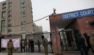 delhi judge acquits youth accused for gangrape -...