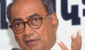 digvijay asks rss to show guts on kushwaha issue...