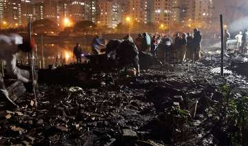 entire kolkata slum gutted in devastating fire -...