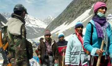 first batch of amarnath pilgrims enters jk amid...