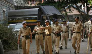 five members of a family stabbed to death - India...