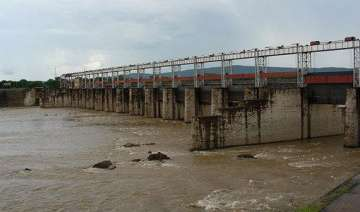 flood threat in west midnapore as galudih dam...