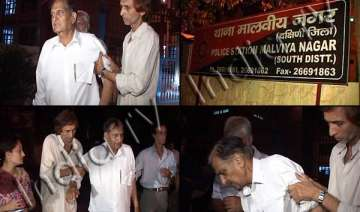 former delhi police acp bashed up by hoodlums -...