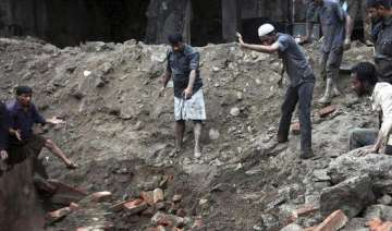 mumbai building collapse death toll goes up to...