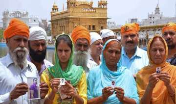 from golden temple to delhi punjab families pray...