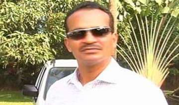 goa education minister detained at mumbai airport...