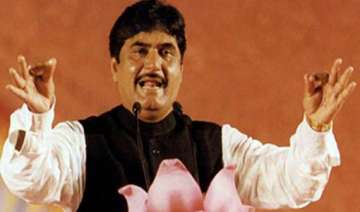 gopinath munde rules out mns joining opposition...