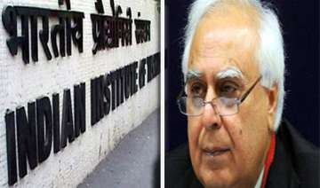 govt iit row over entrance test resolved - India...