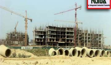 noida extension land acquisition sc slams state...