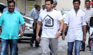 gujjar students from poonch meet actor salman...
