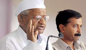 hazare denies rift in team anna - India TV