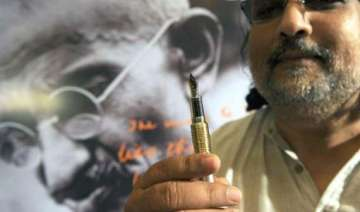 hazare s methods are not gandhian tushar - India...