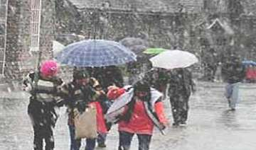 heavy rains claim three lives in himachal - India...