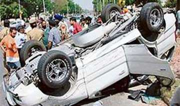 4 iit delhi students killed in accident in...