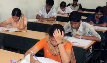 iit jee main exam 2014 admit card issued - India...