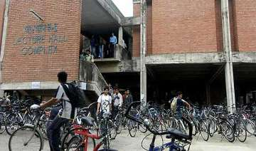 iit kanpur rejects common test proposal to go it...