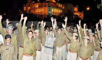 ips officer booked for assaulting shifted - India...