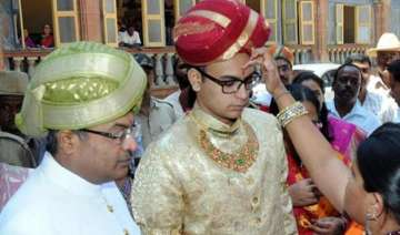 10 facts to know about new king of mysuru...