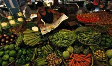 decline in prices of vegetables delhi govt claims...