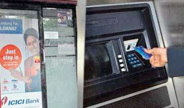 icici atm dispensed rs 100 in place of rs 500...