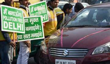 odd even scheme delhi residents want cars...