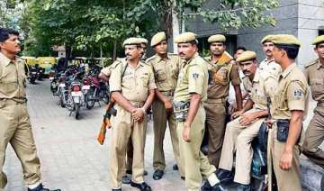 delhi police arrests 371 persons in 20 days for...