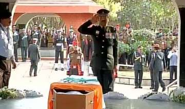 nation pays tribute to siachen braveheart...