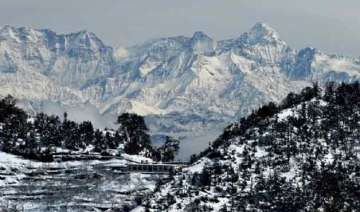 snow avalanche alert in high altitude areas of...