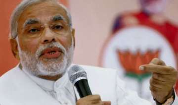 nurture the student in you modi tells bhu...