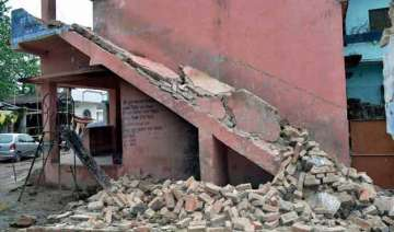 over 50 injured in bengal tremors - India TV