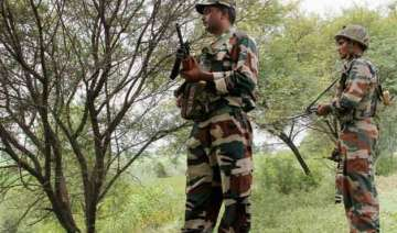 pakistani troops shell indian posts for 4th day...