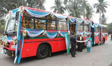 indo bangla friendship bus arrives from dhaka -...