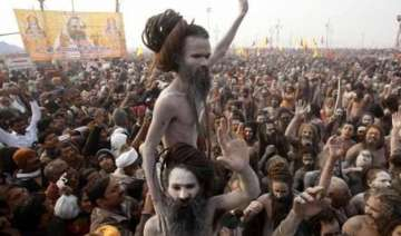 rift between sadhus over shahi snan in ardh kumbh...