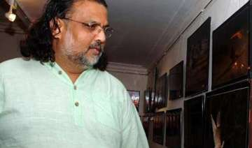 mahatma gandhi s great grandson booked for bhagat...