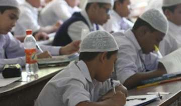 3.7 lakh apply for madrassa exams in up - India TV