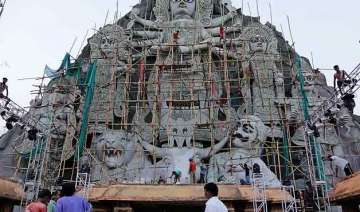biggest durga idol vies for supremacy in west...