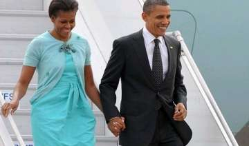 obama in india us president michelle arrive...