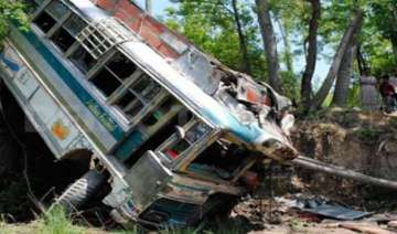 14 killed in jammu accident as mini bus fell into...
