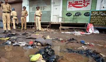 2008 malegaon bomb purohit 3 other accused...