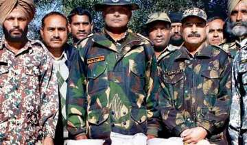 bsf seizes rs 55 cr heroin smuggled from pak -...