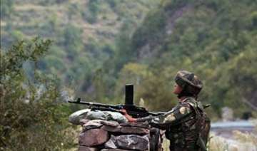 pakistan shells indian posts in poonch - India TV