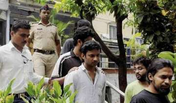 5 ftii students held for rioting i b team formed...