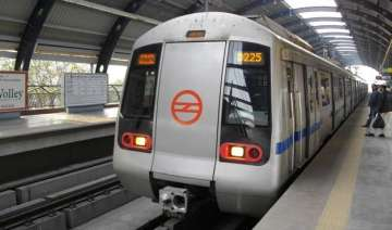 avm machines run out of stock at dmrc stations -...