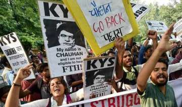 ftii students not averse to i b secy becoming...