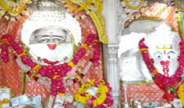 karwa chauth know all about chauth mata temple...