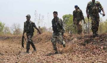7 policemen killed 10 injured in maoists...