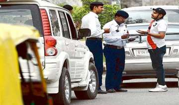 over 85k complaints on delhi traffic police s...