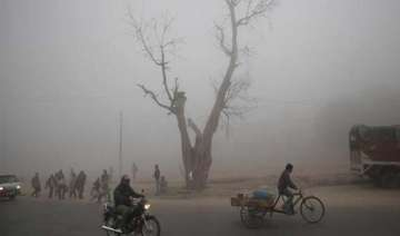 fog returns to up adds to winter chill cripples...