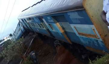 timeline major train accidents in india since...
