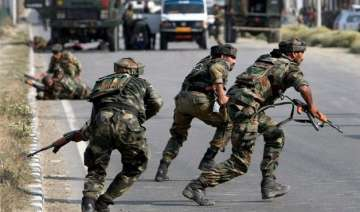 2 army jawans 5 militants killed in gunfight in...